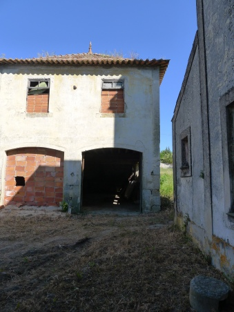 The former garage that housed the 'Expresso des Montes Hermininos' - the car that Aristides de Sousa Mendes had custom-built to drive his 14 children on trips around Europe!